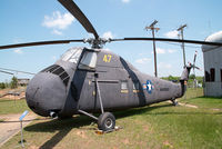 55-4496 @ CLT - Sikorsky H34 United States Marines - by Yakfreak - VAP