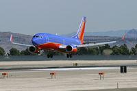 N360SW @ KLAS - Southwest Airlines / 1992 Boeing 737-3H4
