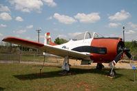 138285 @ CLT - USAF North American T28 Trojan - by Yakfreak - VAP