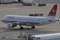 9H-AEO @ VIE - Airbus A320-214