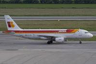 EC-KHJ @ VIE - Iberia Airbus A320-214