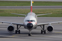 OE-LBP @ VIE - Airbus A320-214 - Retro-Look