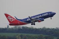 OM-NGH @ VIE - 2006 Boeing 737-76N