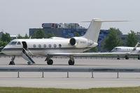M-GULF @ VIE - Earth One Ltd. Gulfstream 4 - by Thomas Ramgraber-VAP