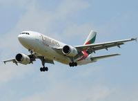 A6-EFC @ LEBL - Emirates cargo on final to RWY 25R. - by Jorge Molina