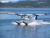 C-FWCA @ CAMPBELL R - Landing Campbell River Spit - by Caswell_John