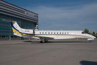 OE-IDB @ VIE - Embraer 135