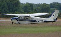 G-ARYI @ EGLK - A rather desolate Cessna 172C at Blackbushe - looks in need of some TLC !!!