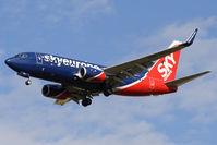 OM-NGJ @ VIE - 2007 Boeing 737-76N