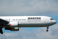 VH-OGV @ NZAA - On approach to Auckland - by Micha Lueck