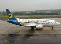 UR-GAK @ LSZH - Ukraine International - by Christian Waser
