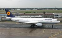 D-AIAP @ EDDF - Lufthansa - by Christian Waser