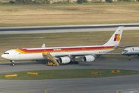 EC-JNQ @ VIE - Iberia Airbus 340-600