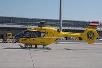 OE-XEN @ VIE - Eurocopter 135 - by Yakfreak - VAP