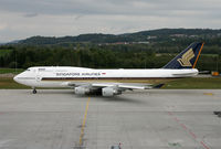 9V-SMM @ LSZH - Singapore Airlines - by Christian Waser