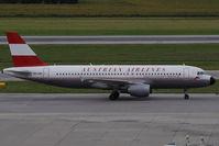 OE-LBP @ VIE - Airbus Industries A320-214