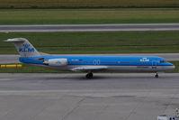 PH-OFK @ VIE - Fokker F28 Mark 0100