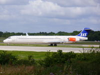 LN-RMM @ EGCC - Scandinavian Airlines - by chrishall