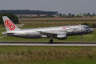OE-LEO @ VIE - Airbus Industries A320-214