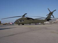01-26886 @ KNTD - US ARMY UH-60M - by Iflysky5