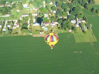 UNKNOWN - Balloon about 4 miles south of Toledo-Metcalf airport - Toledo, OH. - by Bob Simmermon