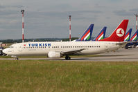 TC-JDG @ BUD - Turkish Airlines Boeing 737-400