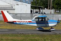 N1300T @ KPAE - PAE 34R - by Nick Dean