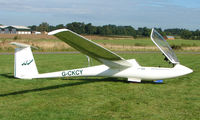 G-CKCY - Competitor in the Midland Regional Gliding Championship at Husband's Bosworth
