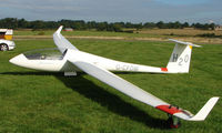 G-CFDM - Competitor in the Midland Regional Gliding Championship at Husband's Bosworth