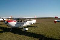 D-EGBP @ LOAN - Cessna 172