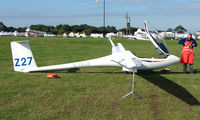G-CKLB - Competitor in the Midland Regional Gliding Championship at Husband's Bosworth
