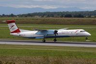 OE-LGF @ VIE - Bombardier Inc. DHC-8-402
