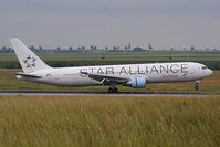 OE-LAT @ VIE - Boeing 767-31A