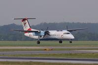 OE-LTM @ VIE - Bombardier Inc. DHC-8-314
