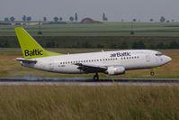 YL-BBD @ VIE - Boeing 737-53S
