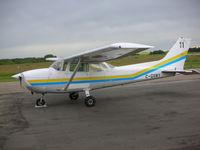 C-GXWY @ CYQF - Cessna 172 - by Kaiser Leung