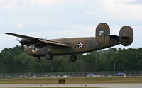 N24927 @ YIP - B-24 Ol 927 formerly Diamond Lil