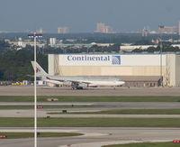 A7-HHK @ MCO - Qatar Amiri flight A340-200