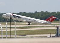 N8921E @ DTW - Northwest DC-9-31