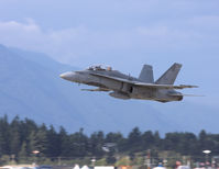 188915 @ CYXX - Abbotsford Airshow 2008 - by Guy Pambrun