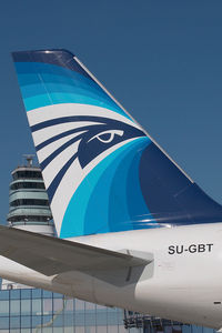 SU-GBT @ VIE - Egypt Air Airbus 321