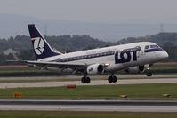 SP-LDE @ VIE - Embraer ERJ-170