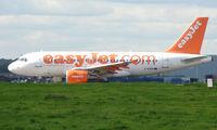 G-EZED @ EGKK - Easyjet A319  at London Gatwick