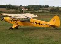 LN-LJJ photo, click to enlarge