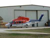 N25811 @ TX90 - At Flight Safety - Ft. Worth - by Zane Adams