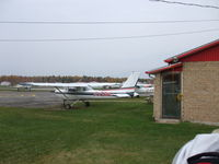 C-FZKL @ CSE4 - C-FZKL parked at CSE4 (Lachute) - by Maxim Neverov