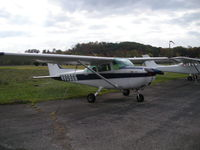 N80866 @ 12V - Cessna 172-M - by Charley Shumaker