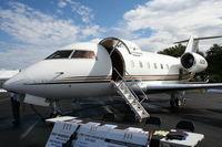 N260V @ ORL - Challenger 600 at NBAA