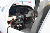 N660BA @ ORL - Cessna 400 (Columbia LC-41)