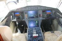 N900EX @ ORL - Falcon 900LX cockpit